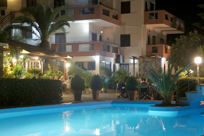 Pool Golden Apartments Agios Nikolaos Crete